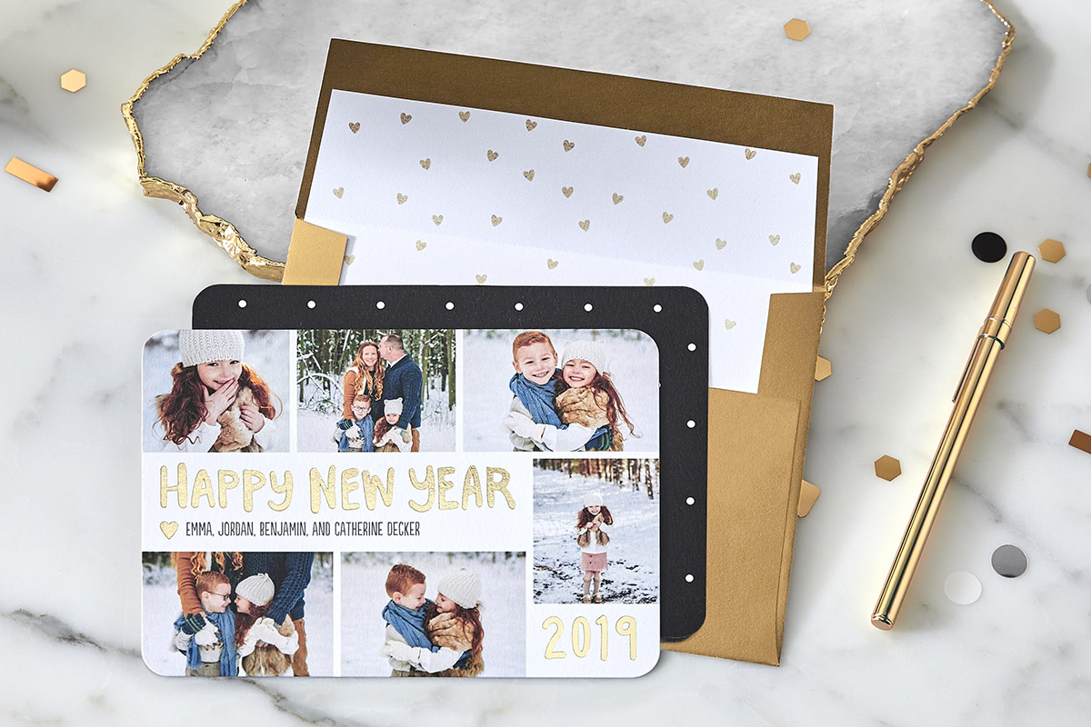 tips to take better christmas card photos with gold card and envelope