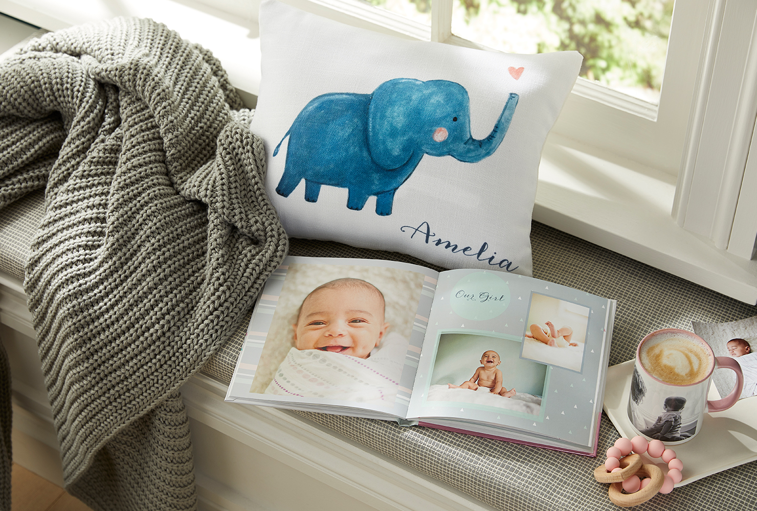 personalized baby photo book.